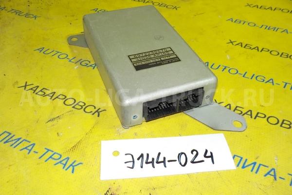 Блок управления КПП Isuzu Elf 4HG1 Блок управления КПП 4HG1 2001  8-97223-957-0