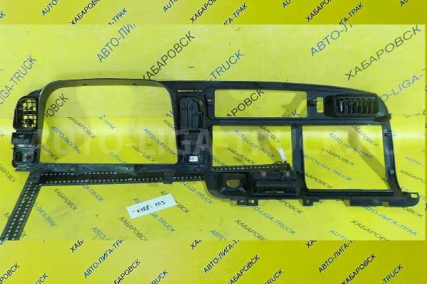Консоль панели приборов Mitsubishi Canter 4M51 Консоль панели приборов 4M51 2001  MC140208