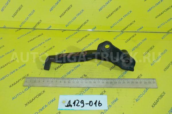 Кронштейн Toyota Dyna, Toyoace 5L Кронштейн 5L 2001  88431-25280