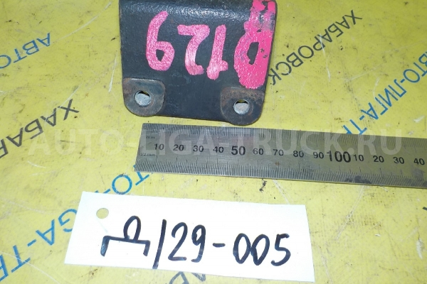 Кронштейн Toyota Dyna, Toyoace 5L Кронштейн 5L 2001  88431-25250