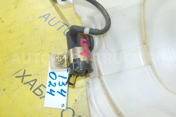 Моторчик  омывателя Mazda Titan 4HF1 Моторчик  омывателя 4HF1 2001  W610-67-482