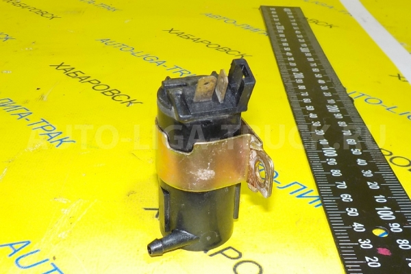 Моторчик  омывателя Mazda Titan 4HG1 Моторчик  омывателя 4HG1 2000  W610-67-482