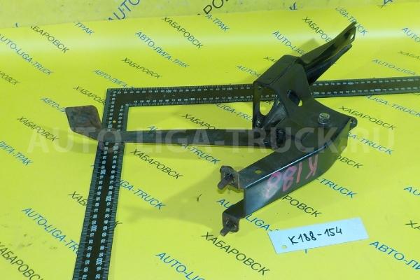 Педаль сцепления Mitsubishi Canter 4M51 Педаль сцепления 4M51 2001  MC154044