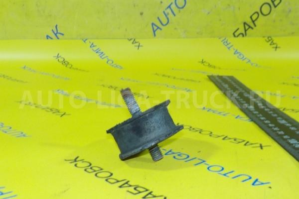 Подушка радиатора Mitsubishi Canter Подушка радиатора    MC127153