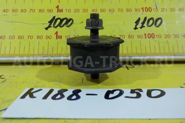 Подушка радиатора Mitsubishi Canter 4M51 Подушка радиатора 4M51 2001  MC127153