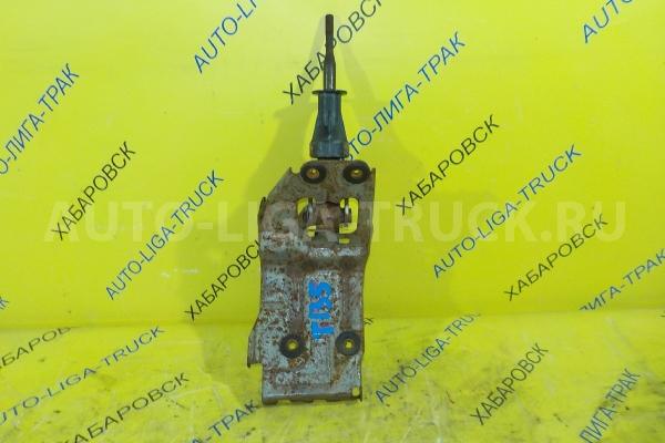 Рычаг переключения передач Mazda Titan 4HF1 РЫЧАГ КПП 4HF1 2001  W620-46-100A
